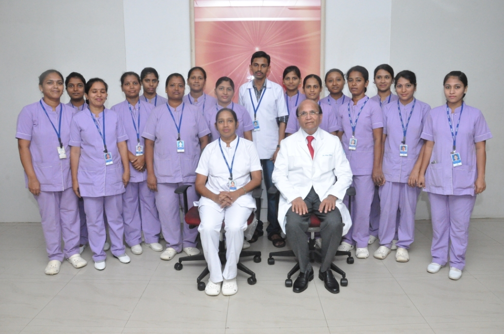 Nursing Staff with Sis Lalamma Alex and Dr Ashok Mehta